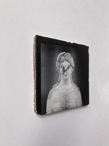 http://dunevarela.com/files/gimgs/th-92_femmebrisee-site.jpg